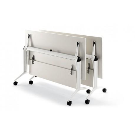 Les tables pliantes série TRAMA